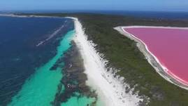 "Pink ""Lake Hillier"", Middle Island with Esperance Island Cruises"