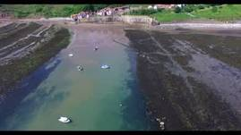 Spectacular aerial footage of Robin Hood's Bay Nor